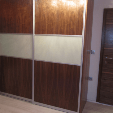 O praktičnosti in popularnosti vgradnih omar
