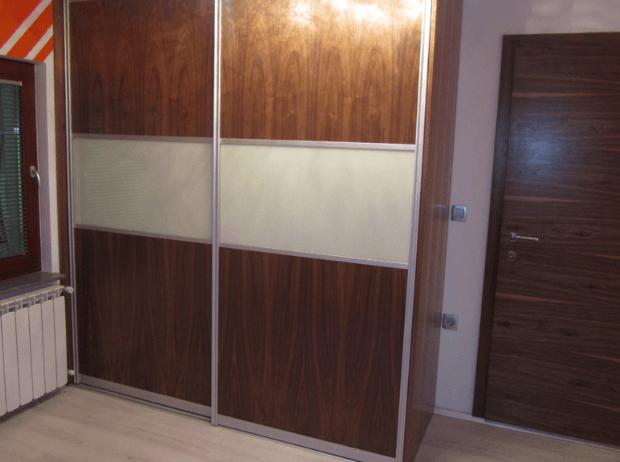 ugodne vgradne garderobne omare po meri
