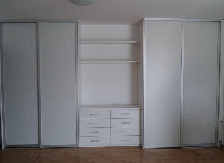 vgradna-omara-spalnica