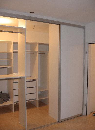 izdelava garderobne sobe kjer se lahko sprehajamo