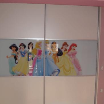 4 primeri vgradnih omar v otroških sobah