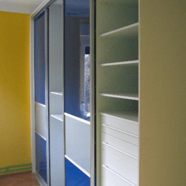 7 najpogostejših vprašanj glede uporabniške izkušnje vgradnih omar