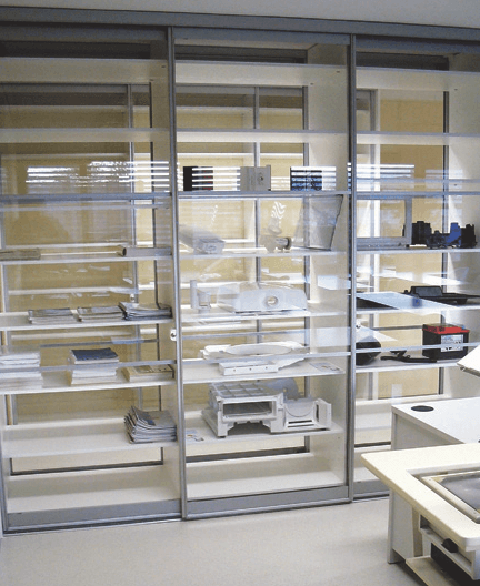 pregradna pisarniška omara