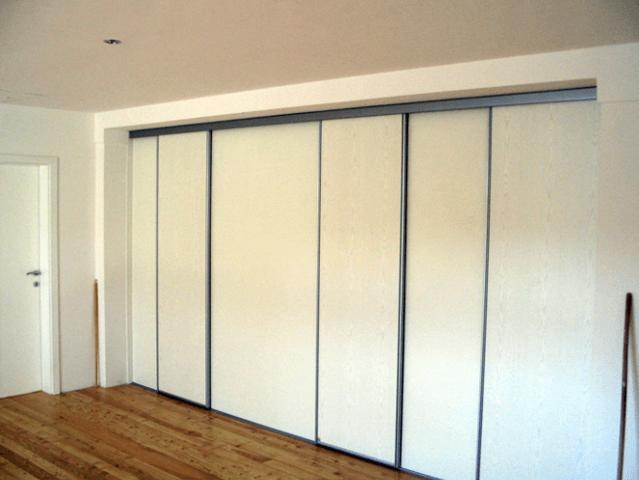 večje pregradne omare