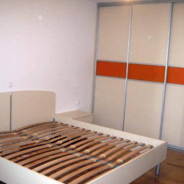 O razlikah vgradnih omar v spalnicah