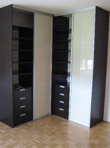 garderobna omara v klasičnem stilu