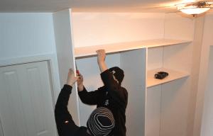kako mora biti pripravljen prostor za montažo vgradne omare