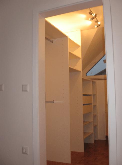 ločitev garderobnega prostora