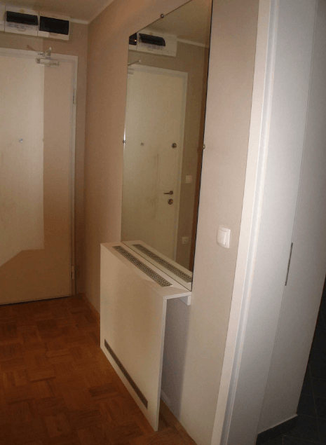 ogledalo na hodniku