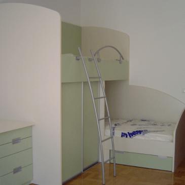 Opremljanje otroške sobe po naročilu  – DA ali NE?