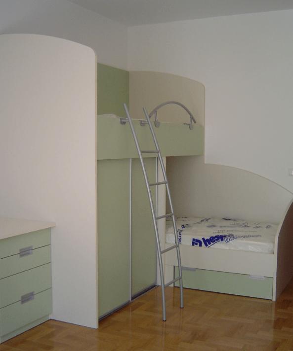 kotni-pograd-otroska-soba