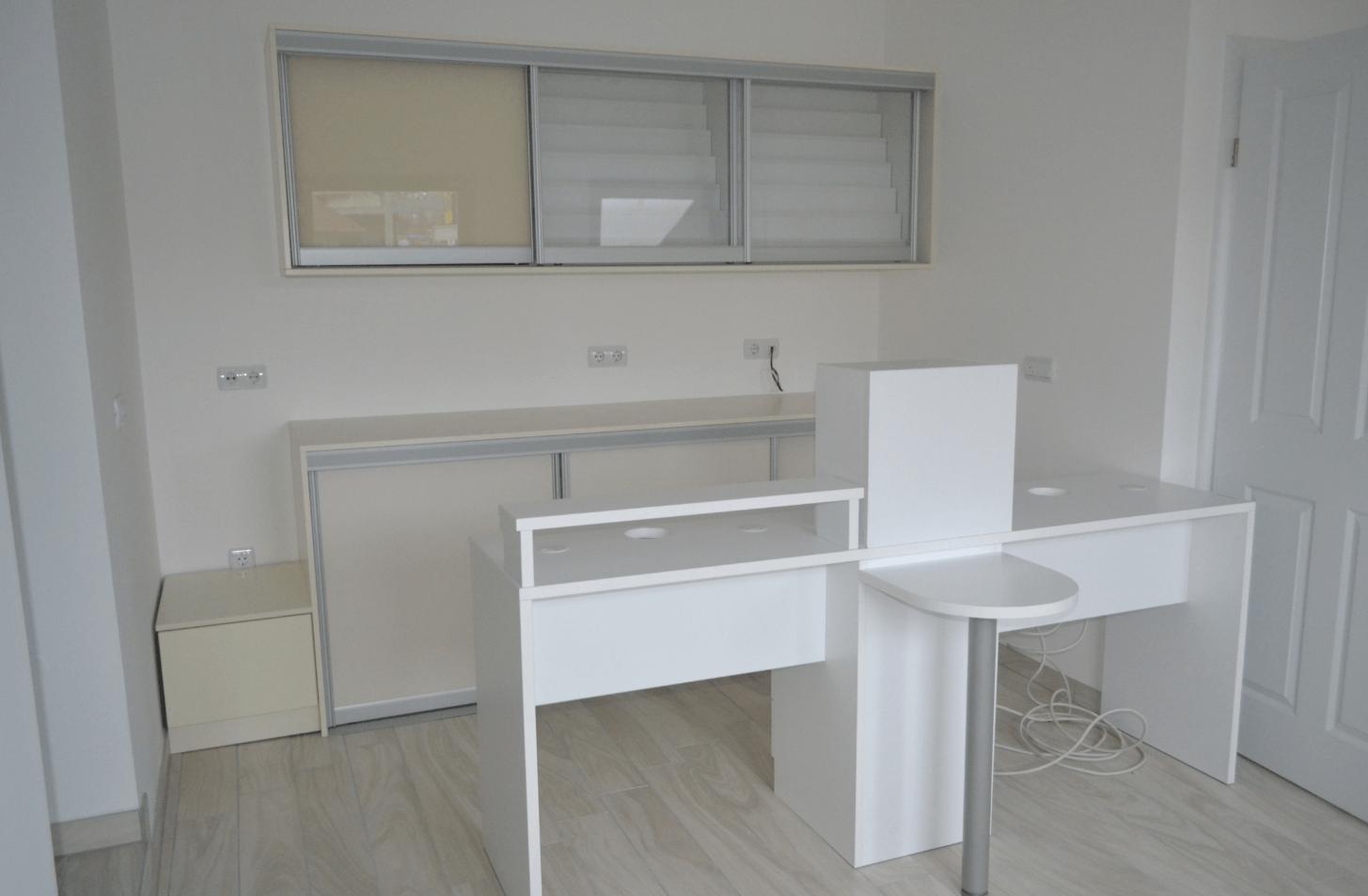 delovna-miza