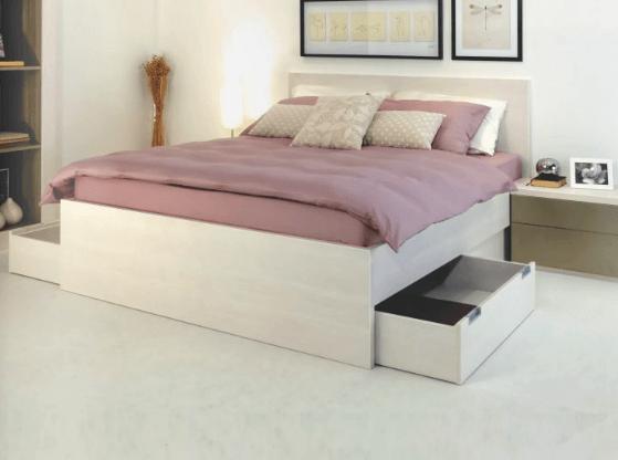 postelja z dvema predaloma