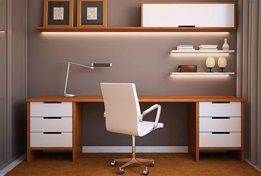 pisalna miza pisarna